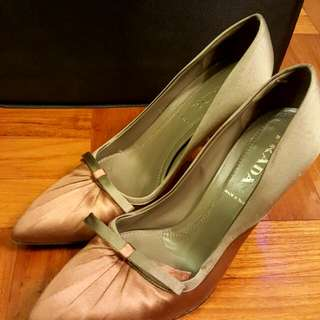 100% Authentic 99%new Prada High Heels