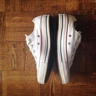 White Converse Size7