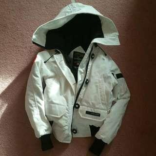 2XS Women Canada Goose Chilliwack Bomber Jacket in White