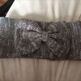 Bow grey bandeau/hat