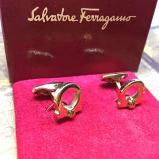 Salvatore Ferragamo cufflinks 袖口鈕扣
