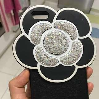 new Ịpone 6+ case . camélia flower