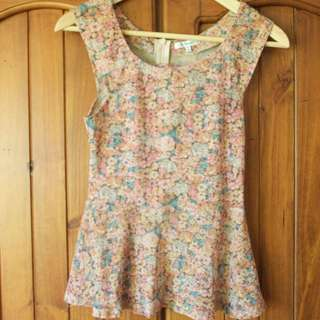 Fitted Floral Top