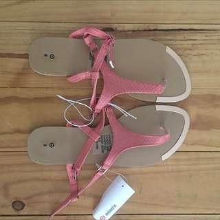 BNWT Sandals. Size 8