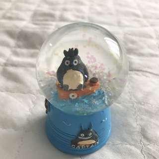 Totoro Snow Globe
