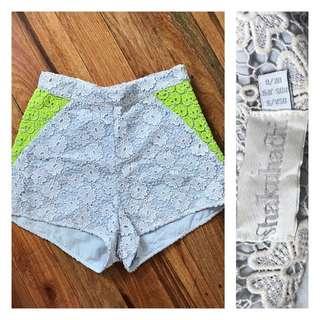 shakuhachi high waist crochet shorts