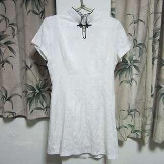 古著白色古典短洋裝