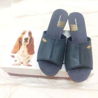 Sandal Hush Puppies