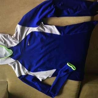 Nike Ladies Long sleeve Run Top Dri Fit