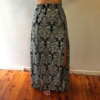 Patterned Maxi Dress: Size 6