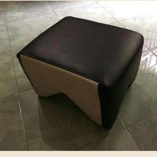 Dudukan/jongkokan (Dingklik)