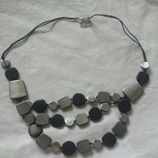 Silver Chips Necklace