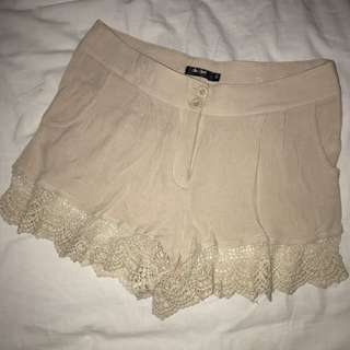 Chic A Booti Cotton Shorts
