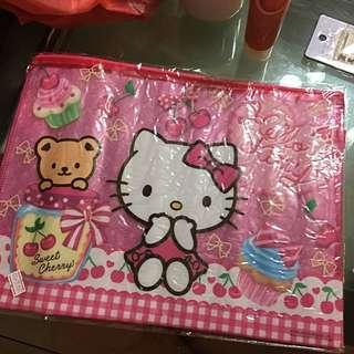 Cute Hello Kitty Zip File from Sanrio