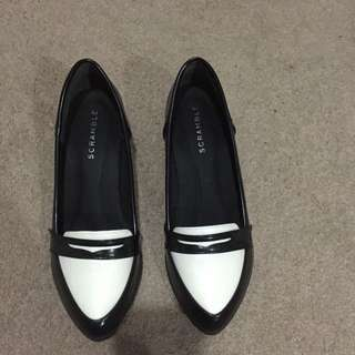 Brand New Black And White Loafers Size 6