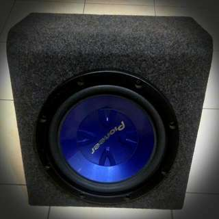 """15"""" Pioneer Subwoofer Boxed Near New Condition"""