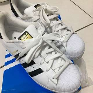 Adidas Superstar foundation金標白黑