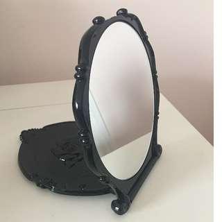 Anna Sui Beauty Mirror