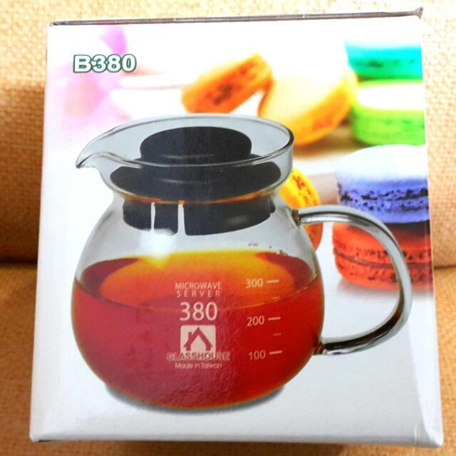 台灣製造耐熱玻璃壺,耐熱溫度400度,瞬間耐熱溫差150度。容量380ml
