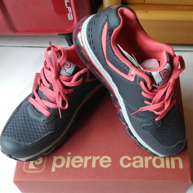 皮爾卡登氣墊運動鞋