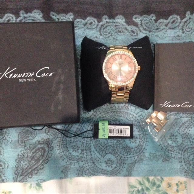 Authentic Preloved Kenneth Cole Rose gold Watch