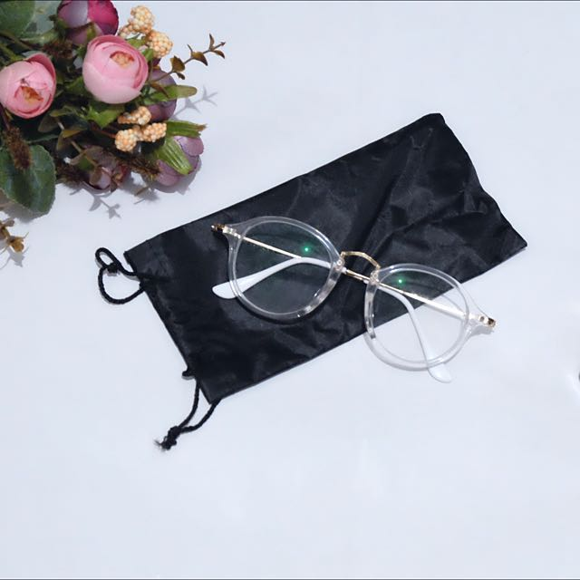 Clear Rounded Glasses (with -3 lenses)