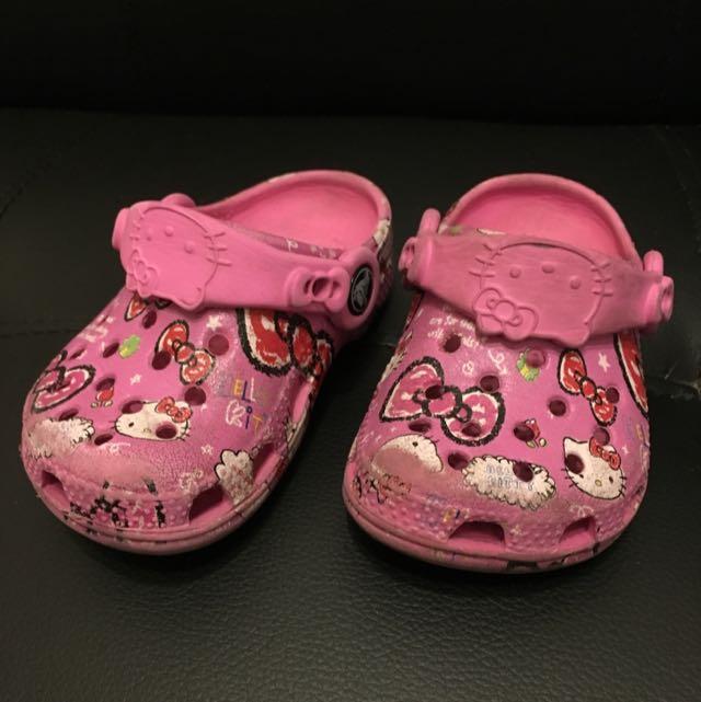 Crocs Kitty聯名款膠鞋