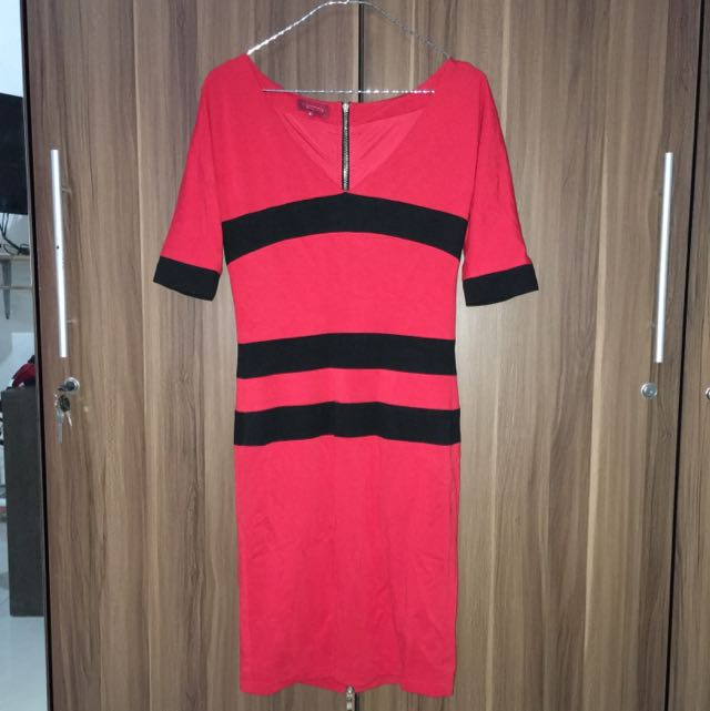 NEW - DKNY Dress Size S