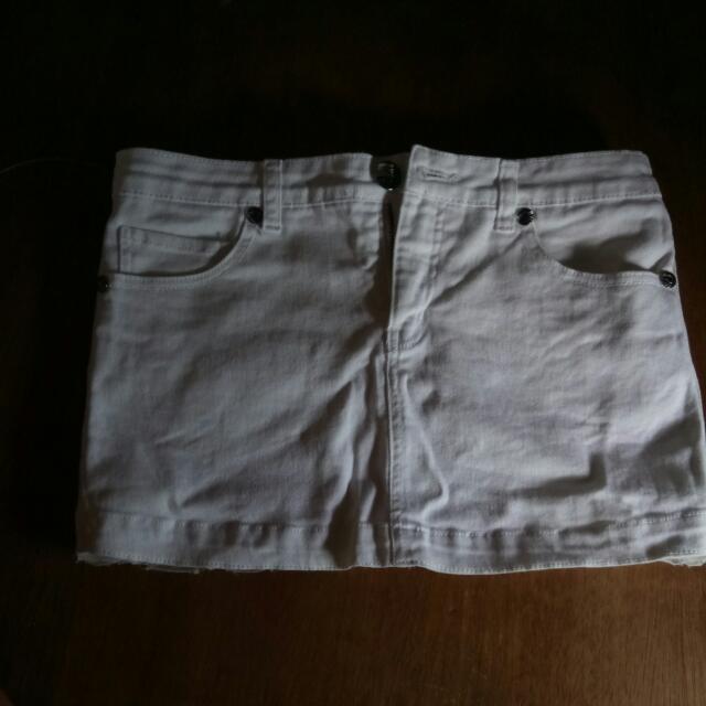 Dollhouse White Skirt