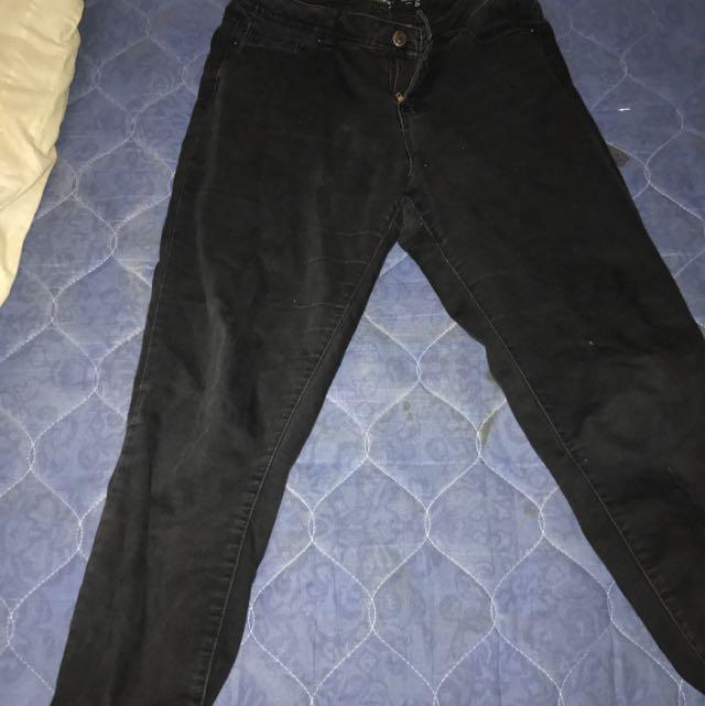 Jay Jays Size Nine Ankle Bites Pants