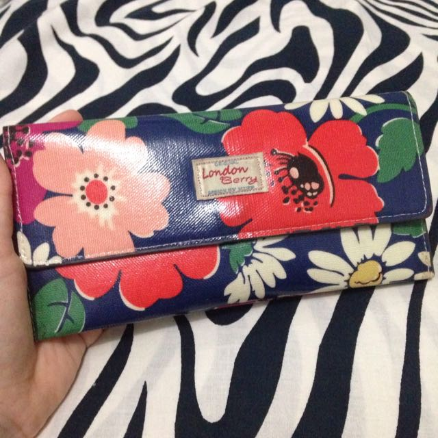 London Berry By Huer Wallet