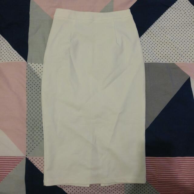 Lovealot White Midi Skirt ✨