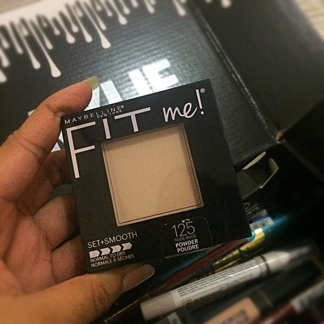 MAYBELLINE Fit Me Powder Set + Smooth