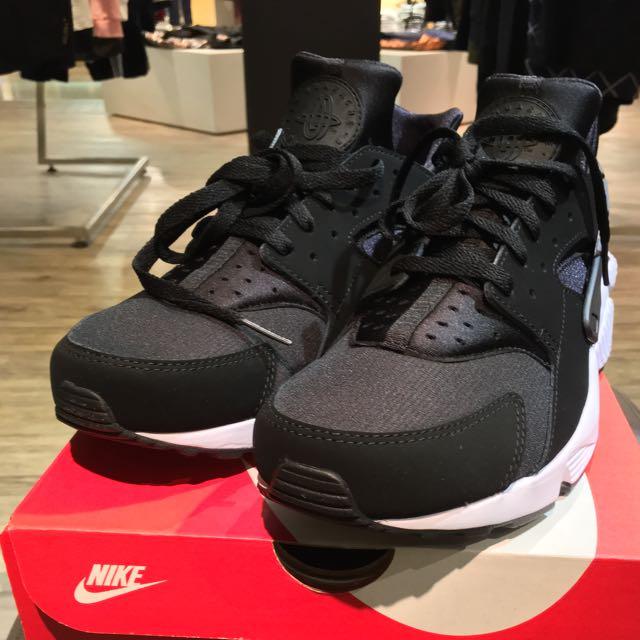 Nike Air Huarache 黑白