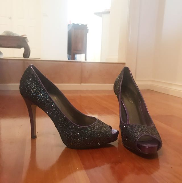 NINE WEST Women's stiletto open toe heels. Unique limited purple glitter.