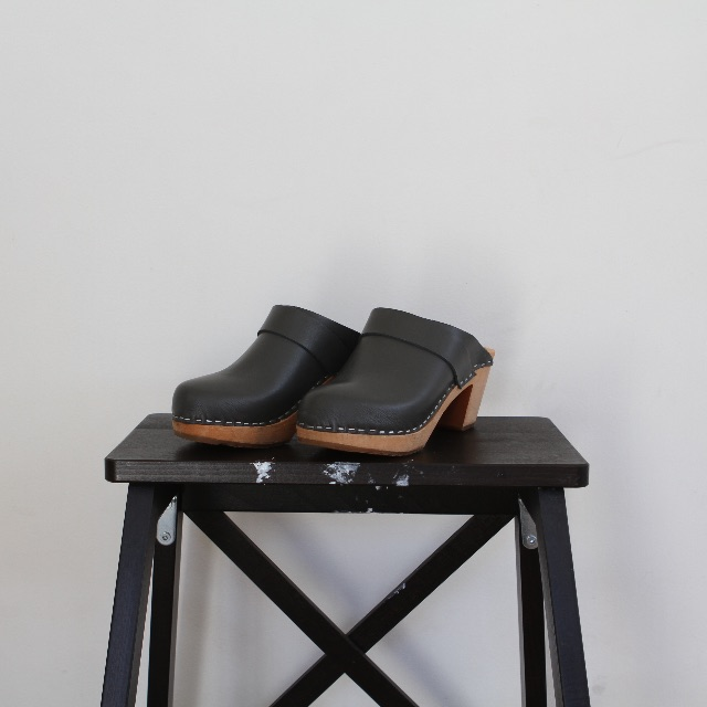 Nordic Fusion grey clogs