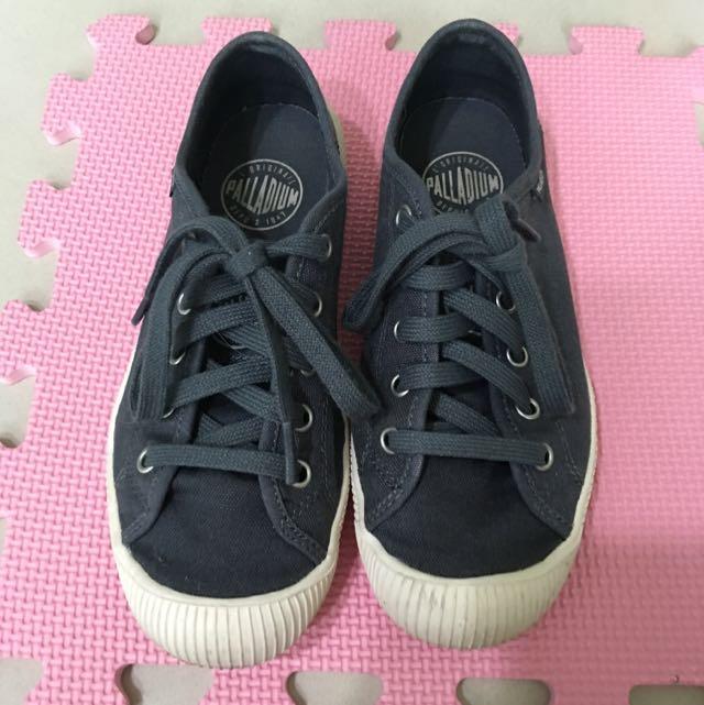 (降價)Palladium藍灰色帆布鞋36號