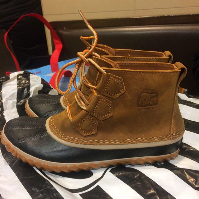 SOREL Snow Boots (leather)Size -6 1/2