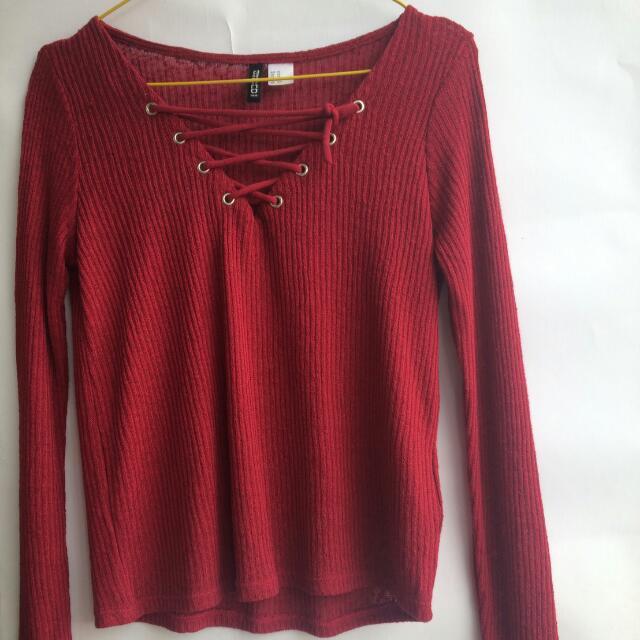 Sweet Shirt H&m Merah Maroon Bertali