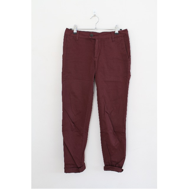 Vanishing Elephant berry chinos