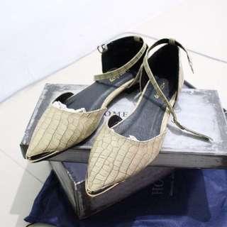 [ 搬家價。正韓 ] Home Shop 歐美時尚金屬鱷魚紋尖頭平底/低跟鞋 (Gracegift/Ann's/Steve Madden/ALDO/Nine West / GU)
