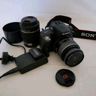 Near new Sony Alpha A390 DSLR camera kit - 14.2 Megapixel