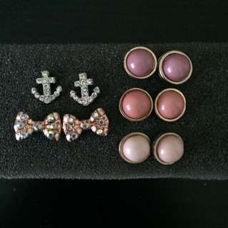 Studs/earrings