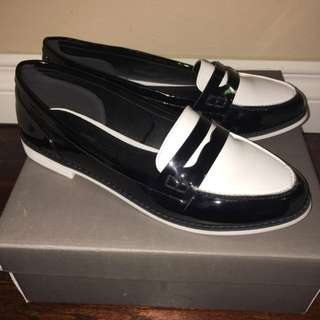 F21 New Loafers Size 9