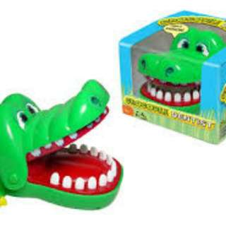 Crocodile/Dog Dentist Game