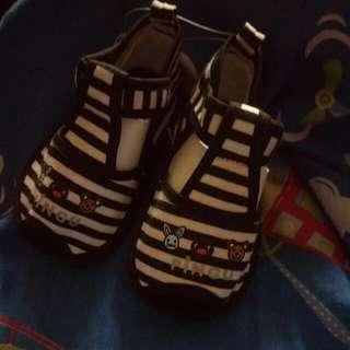 🚚 PINGU企鵝家族寶寶鞋(鞋內12CM)