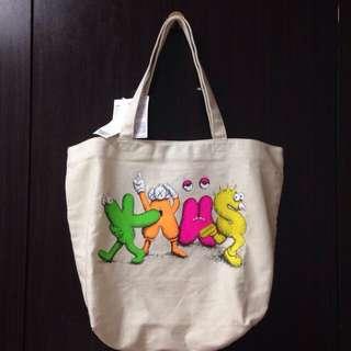 (降+免運!)KAWS x Uniqlo帆布包