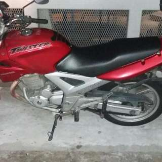 (On Resereved)Honda Cbx250