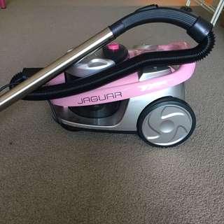 Kambrook Jaguar 1800 Watt Vacuum