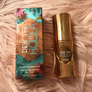Benefit Dew the Hoola liquid bronzed